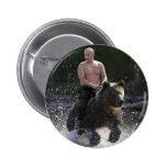 ¡Putin monta un oso! Pin Redondo De 2 Pulgadas
