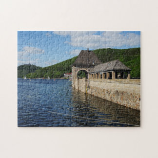 Puzzle Edersee with closed forest-hits a corner