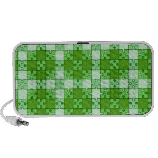 puzzle pattern green travelling speakers