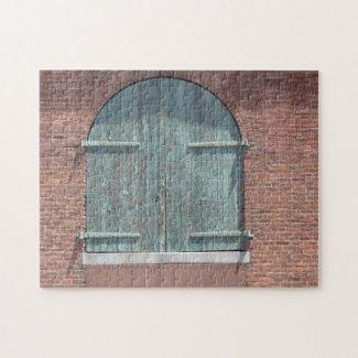 Puzzle - Warehouse door