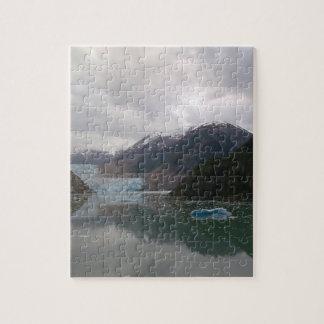 Puzzle with Alaskan Iceberg Design