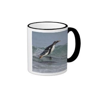 Pygoscelis Papua del pingüino de Gentoo que viene Tazas De Café