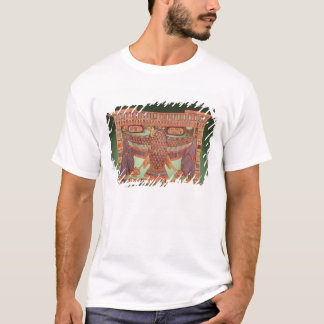 Pylon pectoral decorated with the vulture T-Shirt