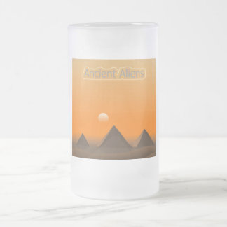 Pyramid Aliens Frosted Glass Beer Mug