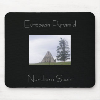 Pyramid yes - Egypt no Mouse Pad