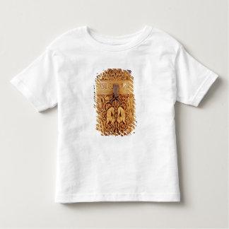 Pyx con un alivio que representa los placeres camisas