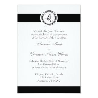 Q Monogram Dot Circle Wedding Invitations (Black)