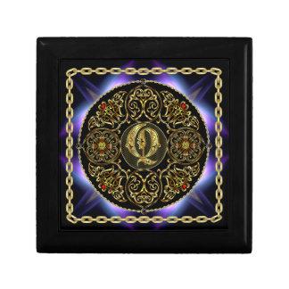 Q Monogram Premium Best viewed large. see notes Gift Box