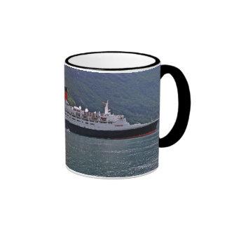 QE2 at Anchor Ringer Mug