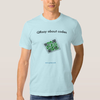 QRazy sobre códigos - 3D Remeras