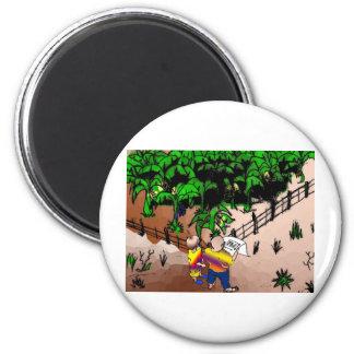 quadro1 quadrinho dialogue surveyor boy 2 inch round magnet