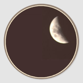 Quarter Moon Classic Round Sticker