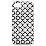 Quatrefoil blanco y negro iPhone 5 Case-Mate fundas
