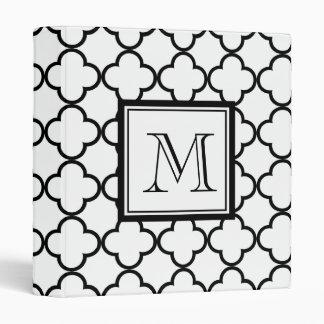 Quatrefoil blanco y negro, su monograma