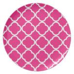 Quatrefoil Bright Pink Party Plates