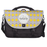Quatrefoil gris y amarillo bolsas para portatil