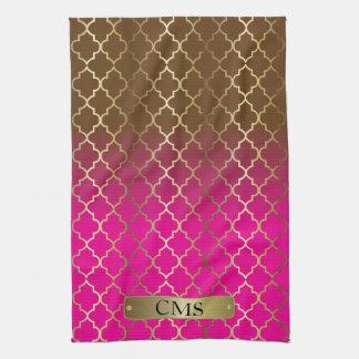 Quatrefoil Hot Pink & Brown Colors Blends Kitchen Towels