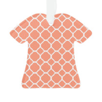 Quatrefoil Pattern in Coral and White Ornament