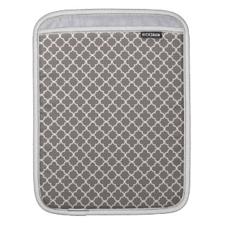Quatrefoil Pattern Sleeve For iPads
