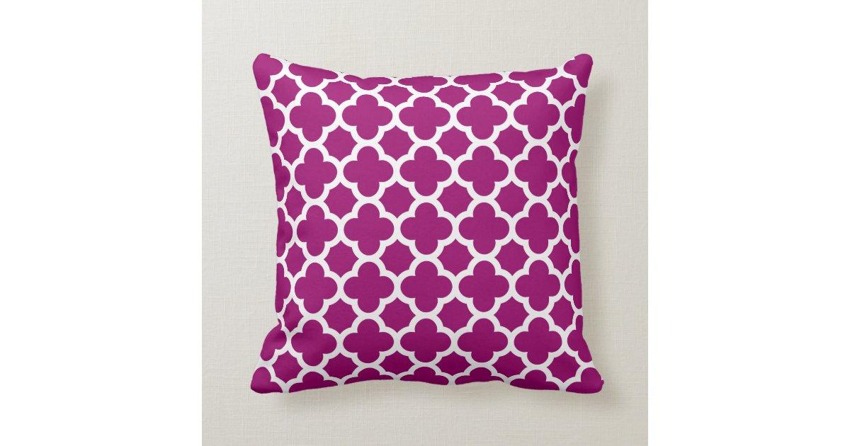 Quatrefoil Knitting Pattern : Quatrefoil Pattern Magenta White Pillow Zazzle