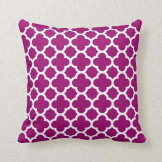 Quatrefoil Pattern Magenta White Pillow