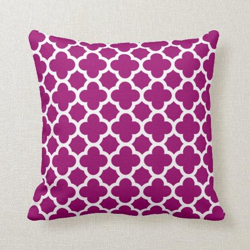 Quatrefoil Knitting Pattern : Quatrefoil Pattern Magenta White Throw Pillow Zazzle