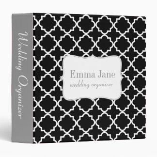 Quatrefoil pattern personalized binder, black