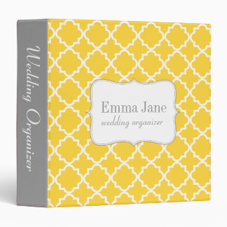 Quatrefoil pattern personalized binder, yellow