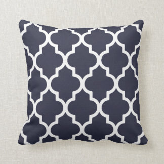 Quatrefoil Pillow / Navy Blue