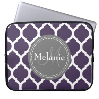 Quatrefoil púrpura y gris con monograma mangas portátiles