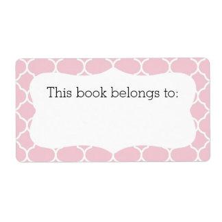 """Quatrefoil rosado """"este libro pertenece"""" a las etiquetas de envío"""