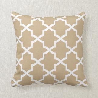 Quatrefoil Trellis Pillow / Sand Brown