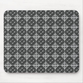 Quatrefoils Black on Silver Mouse Pad