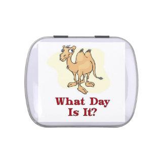 ¿Qué día es él? Día de chepa Latas De Dulces