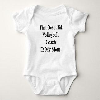 Que el coche hermoso del voleibol es mi mamá playeras