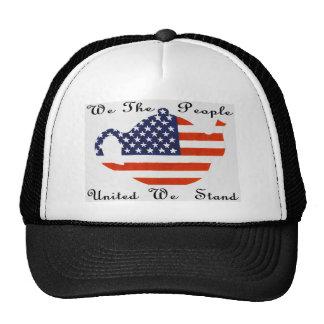 que La gente nos unió colocamos el gorra