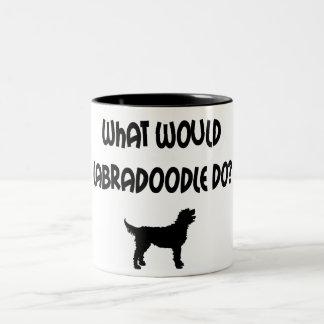 ¿Qué Labradoodle haría? Camisetas y regalos Taza De Dos Tonos