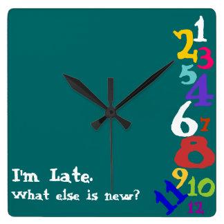 """""""Qué más es nuevo"""" reloj"""