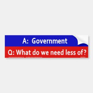 ¿Qué necesitamos menos? Pegatina Para Auto