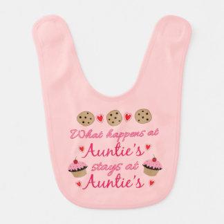 Qué sucede en Baby Bib de tía Baberos De Bebé
