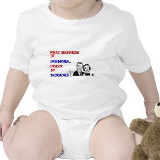 Qué sucede en Dunmore Traje De Bebé