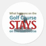 Qué sucede en el campo de golf pegatina redonda