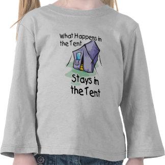 Qué sucede en la tienda camisetas