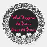 Qué sucede en las estancias de Bunco en Bunco Pegatina Redonda
