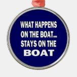 Qué sucede en las estancias del barco en el barco ornamento de reyes magos