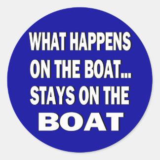 Qué sucede en las estancias del barco en el barco pegatina redonda