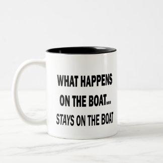 Qué sucede en las estancias del barco en el barco taza de dos tonos