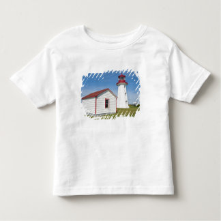 Quebec, Canadá. Faro de D'Espoir del casquillo Camisas