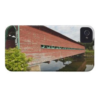 Quebec, Canada. Galipeault covered bridge in iPhone 4 Cover