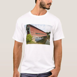 Quebec, Canada. Galipeault covered bridge in T-Shirt
